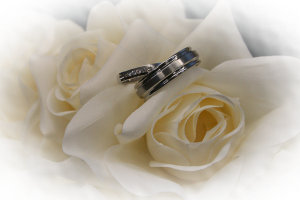 Wedding Rings On Table Png